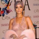La cantante, con su vestido más célebre del 2014